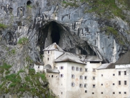 Замък Предяма